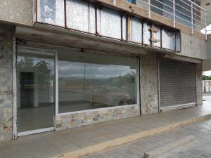 Local Comercial En Alquileren Coro, Av Ramon Antonio Medina, Venezuela, VE RAH: 19-9857