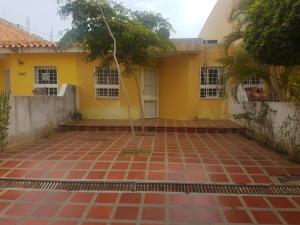 Townhouse En Ventaen Maracaibo, Santa Fe, Venezuela, VE RAH: 19-9860