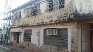 Casa En Ventaen Maracay, Las Acacias, Venezuela, VE RAH: 19-9885