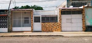 Casa En Ventaen Maracay, Santa Rosa, Venezuela, VE RAH: 19-9888