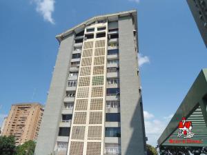 Apartamento En Ventaen Maracay, Urbanizacion El Centro, Venezuela, VE RAH: 19-9910