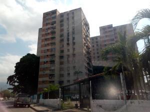Apartamento En Ventaen Maracay, Avenida Ayacucho, Venezuela, VE RAH: 19-9942