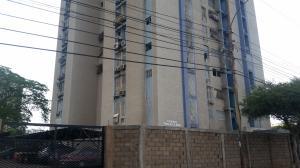 Apartamento En Ventaen Maracaibo, Valle Claro, Venezuela, VE RAH: 19-9969