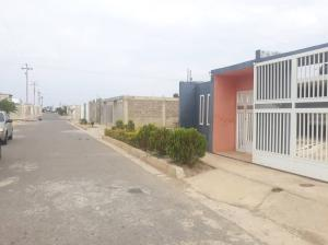 Casa En Ventaen Punto Fijo, Pedro Manuel Arcaya, Venezuela, VE RAH: 19-10049
