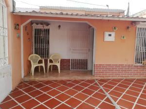 Casa En Ventaen Barquisimeto, Parroquia Juan De Villegas, Venezuela, VE RAH: 19-10066
