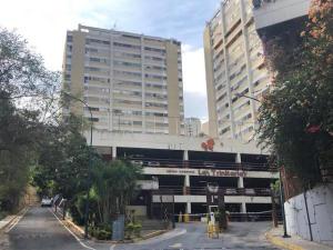 Apartamento En Ventaen Caracas, Santa Fe Norte, Venezuela, VE RAH: 19-10129