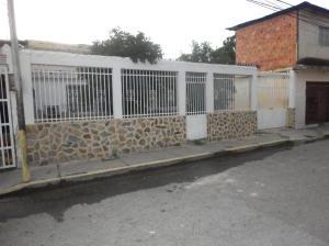 Casa En Ventaen Maracay, Piñonal, Venezuela, VE RAH: 19-10125