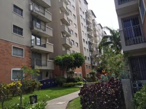 Apartamento En Alquileren Barquisimeto, Parroquia Concepcion, Venezuela, VE RAH: 19-10142