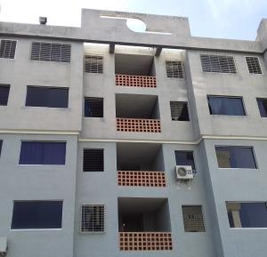 Apartamento En Ventaen Municipio Los Guayos, Paraparal, Venezuela, VE RAH: 19-10174