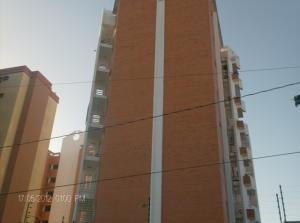 Apartamento En Ventaen Barquisimeto, Parroquia Santa Rosa, Venezuela, VE RAH: 19-10168