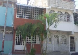 Casa En Ventaen Maracay, Caña De Azucar, Venezuela, VE RAH: 19-10179