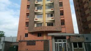 Apartamento En Ventaen Valencia, Las Chimeneas, Venezuela, VE RAH: 19-10183