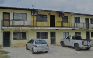 Apartamento En Ventaen Turmero, El Macaro, Venezuela, VE RAH: 19-4589