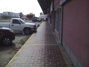 Local Comercial En Ventaen Punto Fijo, Caja De Agua, Venezuela, VE RAH: 19-10186
