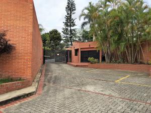 Casa En Ventaen Caracas, Colinas Del Tamanaco, Venezuela, VE RAH: 19-10201