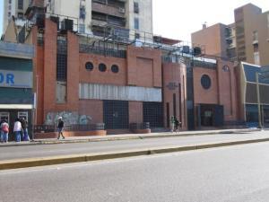 Apartamento En Ventaen Maracay, Avenida Bolivar, Venezuela, VE RAH: 19-10212