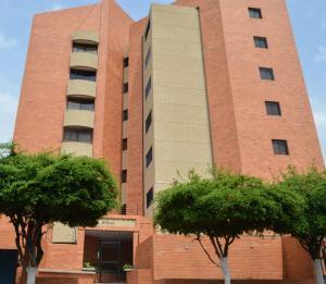 Apartamento En Ventaen Maracaibo, Las Delicias, Venezuela, VE RAH: 19-10231