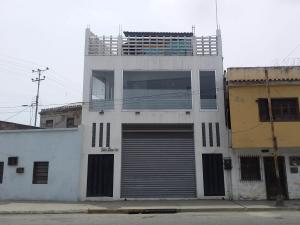 Oficina En Alquileren Puerto Cabello, Zona Colonial, Venezuela, VE RAH: 19-10310