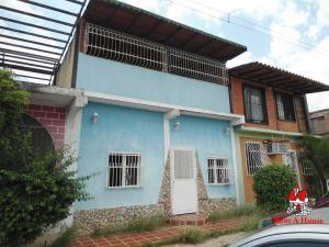 Casa En Ventaen Cagua, Prados De La Encrucijada, Venezuela, VE RAH: 19-10262