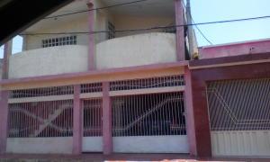 Casa En Ventaen Punto Fijo, Centro, Venezuela, VE RAH: 19-10284