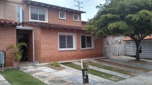 Townhouse En Ventaen Municipio Naguanagua, Las Quintas, Venezuela, VE RAH: 19-10343