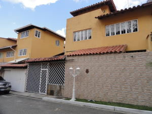 Townhouse En Ventaen Caracas, La Lagunita Country Club, Venezuela, VE RAH: 19-10400