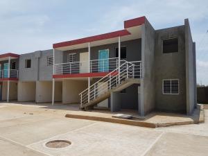 Apartamento En Ventaen Coro, Centro, Venezuela, VE RAH: 19-10354
