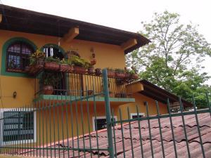 Casa En Ventaen Caracas, Hoyo De La Puerta, Venezuela, VE RAH: 19-10369