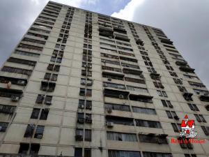 Apartamento En Ventaen Maracay, Zona Centro, Venezuela, VE RAH: 19-10410