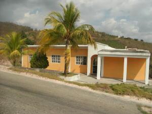 Casa En Ventaen Yaritagua, Municipio Peña, Venezuela, VE RAH: 19-10430