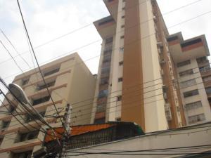 Apartamento En Ventaen Maracay, Zona Centro, Venezuela, VE RAH: 19-10425