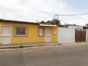 Local Comercial En Ventaen Coro, Centro, Venezuela, VE RAH: 19-10449