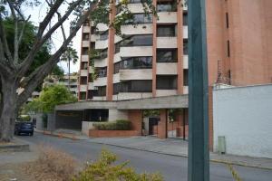 Apartamento En Alquileren Caracas, Campo Alegre, Venezuela, VE RAH: 19-10819