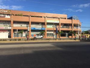 Local Comercial En Ventaen Barcelona, Nueva Barcelona, Venezuela, VE RAH: 19-10517