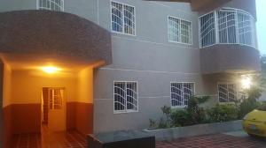 Apartamento En Alquileren Maracaibo, Avenida Goajira, Venezuela, VE RAH: 19-10549