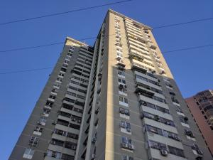 Apartamento En Ventaen Maracay, Girardot, Venezuela, VE RAH: 19-10552