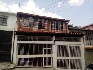 Casa En Alquileren Caracas, Los Palos Grandes, Venezuela, VE RAH: 19-10577