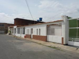Casa En Ventaen Maracay, Villas Antillanas, Venezuela, VE RAH: 19-10585