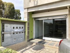 Consultorio Medico  En Alquileren Ciudad Ojeda, Campo Elias, Venezuela, VE RAH: 19-10700