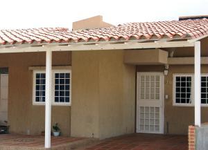 Apartamento En Ventaen Guatire, Canaima Uno, Venezuela, VE RAH: 19-10674
