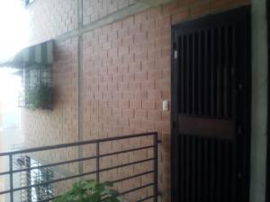 Apartamento En Ventaen Guarenas, Ciudad Casarapa, Venezuela, VE RAH: 19-10752