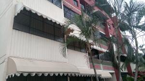 Apartamento En Ventaen Turmero, Campo Alegre, Venezuela, VE RAH: 19-11221