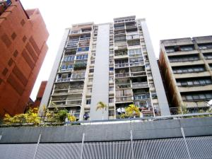 Apartamento En Ventaen Caracas, Parroquia La Candelaria, Venezuela, VE RAH: 19-10765