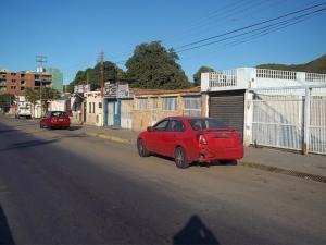 Local Comercial En Ventaen Guanta, Parque Guaraguao, Venezuela, VE RAH: 19-10763