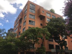 Apartamento En Alquileren Caracas, Campo Alegre, Venezuela, VE RAH: 19-10825