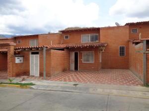 Townhouse En Ventaen Guatire, El Castillejo, Venezuela, VE RAH: 19-10838