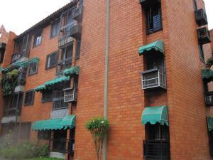 Apartamento En Ventaen Maracay, Base Aragua, Venezuela, VE RAH: 19-10806