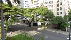 Apartamento En Ventaen Caracas, La Florida, Venezuela, VE RAH: 19-11030