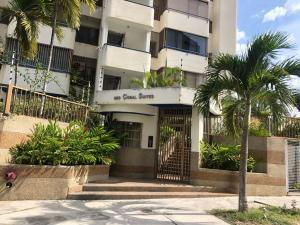 Apartamento En Ventaen Parroquia Caraballeda, Caribe, Venezuela, VE RAH: 19-10842