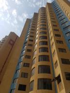 Apartamento En Ventaen Maracaibo, El Milagro, Venezuela, VE RAH: 19-10918